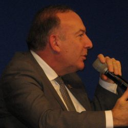 Pierre_Gattaz_from_Radiall__MEDEF_at_Bercy_for_Global_Entrepreneurship_Week_7eme_CAE_conference_annuelle_des_entrepreneurs